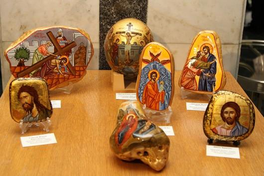 В Госсовете Крыма развесили иконы (ФОТО), фото-6